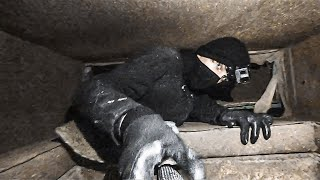 Weszli do ogromnego bunkra w którym jest pełne wyposażenie