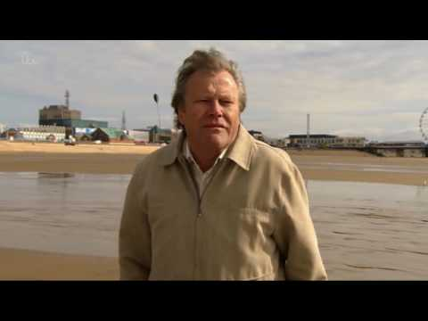 Coronation Street - Roy And Hayley Go In The Sea