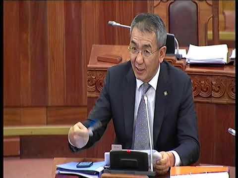 Б.Баттөмөр: Бодлогын чанартай хуулиудад өөрчлөлт оруулахад Засгийн газар голлон анхаарч ажилламаар байна
