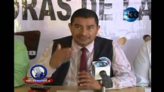 Maestros denuncian presiones para participar en marcha por la paz