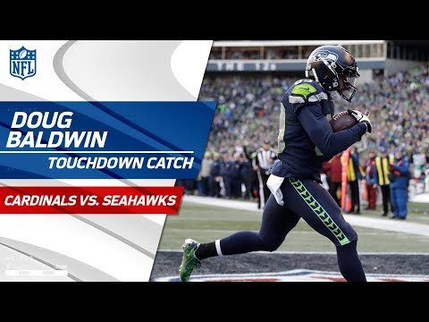 Video: Russell Wilson's Big TD Pass to Doug Baldwin to Start 2nd Half! | Cardinals vs. Seahawks | NFL Wk 17