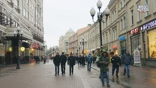 Nonton Quick Walk By Old Arbat Street  Moscow  Film Subtitle Indonesia Streaming Movie Download