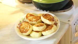 Как приготовить пышные сырники из творога [Домашняя кухня]