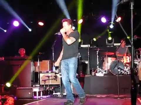 Watching Airplanes | Gary Allan Fan Club Party 2015