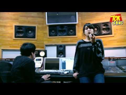 Video of 톡송 (TokSong) - 재미있는 소셜 노래방