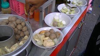 Video Jakarta Street Food  687  Malang Meat Ball Cake Rice Bakso Lontong Khas Malang BR TiVi 5238 MP3, 3GP, MP4, WEBM, AVI, FLV Mei 2019