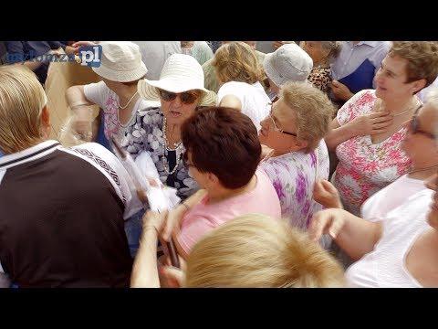 Walka seniorów o darmowe parasole – Łomża
