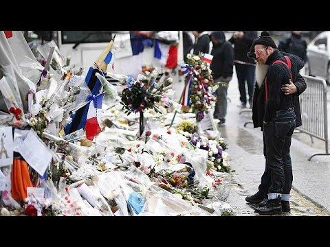 Eagles Of Death Metal: Συναισθηματικά φορτισμένη η επιστροφή στο Παρίσι