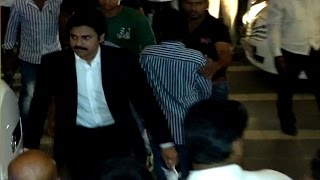 Video Chiranjeevi 60th Birthday Party | Pawan kalyan Attends for 5Min Only| Check This MP3, 3GP, MP4, WEBM, AVI, FLV Desember 2018