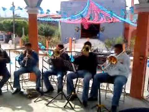 Jugo de Piña Banda Clave de Oro De Santa Ana Maya Michoacan