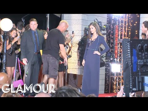 VMA Red Carpet Video: Celebs' Favorite VMA Moments - Red Carpet Roundup S1 - Glamour magazine