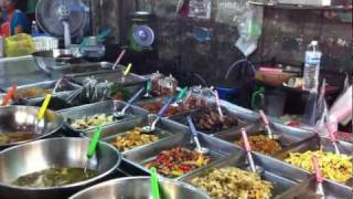 Bangkok Living&Travel - Vibrant Food Market In Samrong Nua Part 1