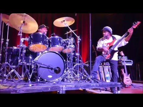 Victor Wooten w Dennis Chambers - Zenergy [edit] @ Variety Playhouse, Atlanta - Thu May/12/2016