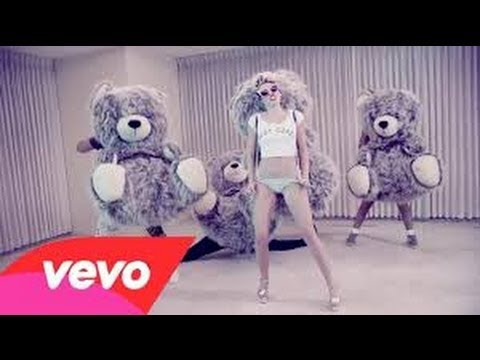 Demi Lovato,Miley Cyrus,Avril Lavigne,Britney Spears - #VEVOCertified : Award Presentation
