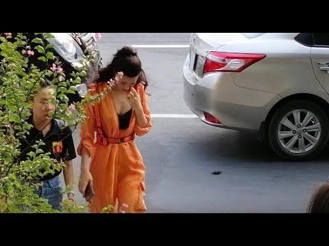 Đông Nhi, Hari Won, Minh Hằng cùng dàn sao Việt đọ vẻ 'sang đẹp chảnh' khi xuất hiện tại sự kiện - Thời lượng: 10:57.