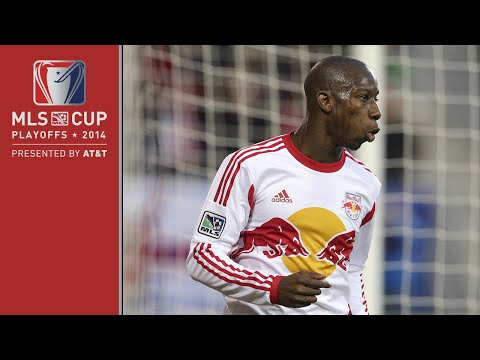 Video: #NYvNE: Was Bradley Wright-Phillips offside? | MLS Cup Playoffs presented by AT&T
