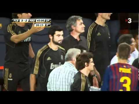 Agresió de Mourinho a Tito Vilanova (видео)