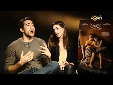 Love and Other Drugs - Interview with Anne Hathaway and Jake Gyllenhaal For the latest Hollywood movie trailers and news, join the VIP Access page on Facebook! http://www.facebook....