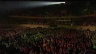 Download Lagu The GazettE - COCKROACH (STANDING LIVE TOUR 2006 NAMELESS LIBERTY SIX GUNS TOUR FINAL AT BUDOKAN) Mp3