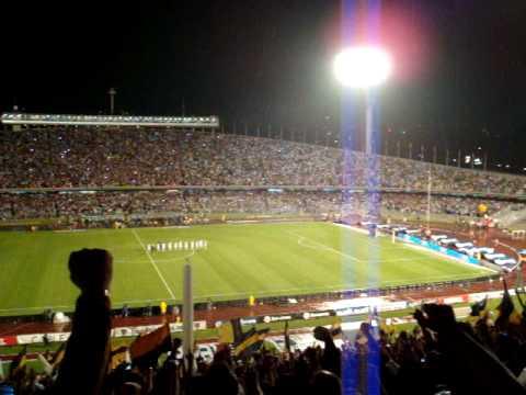 Final, Clausura 2009  Pumas - Pachuca (Himno Deportivo Universitario en el Pebetero) - La Rebel - Pumas