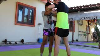 Muay Thai Clinch Tutorial From Sitjaopho Thailand