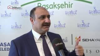 """https://www.emlakwebtv.com/3-istanbul-yeni-bir-sehir-olacak/61451Fuzul Grup Yönetim Kurulu Başkan Yardımcısı Eyüp Akbal, 3. İstanbul projesinin detaylarını anlatarak, bölgenin en büyük konut projesi olduğunu vurguladı.Fuzul Grup, Seha Yapı, Adese ve Al Zamil Grup'un biraraya gelmesiyle oluşan ASAF İş Ortaklığı'nın hayata geçirdiği 3. İstanbul Başakşehir'in en büyük konut projesi olarak inşa ediliyor. Balakşehir Belediyesi'nin arazisinde belediye ile hasılat paylaşımlı olarak inşa edilecek olan 3. İstanbul'un ön talep döneminde adeta bir rekor kırılarak, 1. etaptaki konutların satışları tamamlandı. Fuzul Grup Yönetim Kurulu Başkan Yardımcısı Eyüp Akbal, projeyi şöyle değerlendirdi; """"Fuzul Grup'un en son projelerinden biri. 3. İstanbul Başakşehir'in en büyük konut projesi olacak. Yaklaşık bin 500 konut ve 200'ün üzerinde dükkan ve mağaza bulunuyor. Proje dükkanları, mağazaları, spor kompleksleri alışveriş merkezi ile bir bütünü oluşturuyor. 3. İstanbul projesi Fatih Terim Stadyumu'nun yan tarafında yer alıyor. İki tane mimarlık ofisinin son mimariye uygun olarak hayata geçirdiği bir proje ve tam bir yerleşim yeri olarak inşa edilecek. Yılın son dönemindeki ekonomik çalkantılara rağmen birinci etabın satışlarını lansman öncesi tamamladık.  3. İstanbul fiyatları ise metrekare bazında 3 bin 800 liradan başlıyor"""" dedi. 2+1'den 5+1'e kadar değişiklik gösteren daireler daha çok oturum amaçlı tercih edilse de yatırımcılar için de büyük kazanç vaat ediyor. Mega Projelerin kesişim noktasıToplamda 116 bin metrekareye yaklaşan proje arazisinin 85 bin metrekaresi, yeşil alanlar, yürüme yolları, spor alanları gibi sosyal donatılara ayrılmıştır. 3. İstanbul bu alanda da Başakşehir'in en büyüğüdür. 3.İstanbul'un üç konut etabında 1.500'er metrekare ve rezidans parselinde ise 750 metrekare olmak üzere, toplamda 3 bin 750 metrekareye ulaşan 3 ayrı sosyal tesisi bulunuyor. Bu alanlarda; kapalı yüzme havuzlarından, SPA alanlarına, PlayStation odasından hobi atölyelerine kadar farklı ve """
