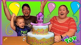 """We finally play the My Little Pony Poppin' Pinkie Pie Game with our son, Teagan.  Spoiler Alert: he loved it!SUBSCRIBE and never miss a video! http://www.youtube.com/subscription_center?add_user=BinsToyBinAbout Bin's Toy Bin →Adventures in toy collecting! Join husband and  wife team, Bin and Jon (and their son Teagan, too) as they review the latest (and sometimes not-so-latest) toys in their own unique way! Check back daily for new videos!  Also be sure to visit our 2nd YouTube channel for our Family Vlogs!GET YOUR OFFICIAL BIN'S TOY BIN GEAR! →  http://binstoybin.spreadshirt.com/Follow Bin & Jon → Bin's Toy Bin Family Vlogs (Our 2nd YouTube Channel): http://www.youtube.com/BinsToyBinTravelOfficial Site: http://binstoybin.com/IG: @binstoybinFB: https://www.facebook.com/BinsToyBinSnapchat: real_binstoybinTwitter: @BinsToyBinG+: https://plus.google.com/+BinsToyBinMUSIC USED:""""Beach Front Property"""" by Silent Partner from YouTube Audio Library"""