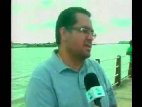 Pescadores fecham canal da barra durante protesto em Itajaí - TVBE