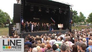Saint-Etienne-du-Rouvray France  city photos : Attentat. Hommage au prêtre Jacques Hamel / Saint-Etienne-Du-Rouvray (76) - France 28 juillet 2016