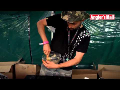 How to make high attract boilies with Mainline and Korda's Jon Mann (video)