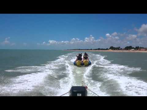 Passeio de banana boat em Alcobaça - bahia