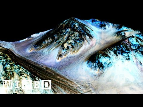VIDEO: Vědci objevili na Marsu tekoucí vodu