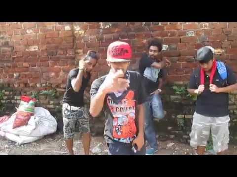 Me Nuwara ft. NirnaamikA_ 2015 (Official Video)