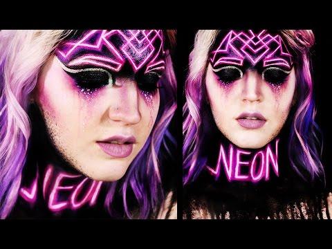 NEON | Fluorescent Makeup Tutorial