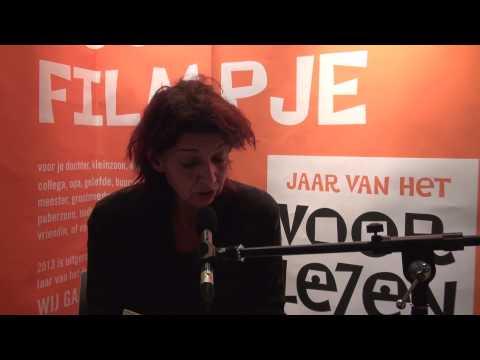 Jannie ten Hove leest voor