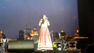 Video Shreya Ghoshal - Sun Raha Hai(Aashiqui 2) live in Holland 31st May 2014 MP3, 3GP, MP4, WEBM, AVI, FLV Juli 2018