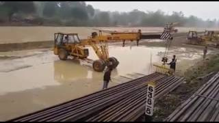 Work in progress. Video from Balangir, #Orissa site where our cranes handling railway wagons.