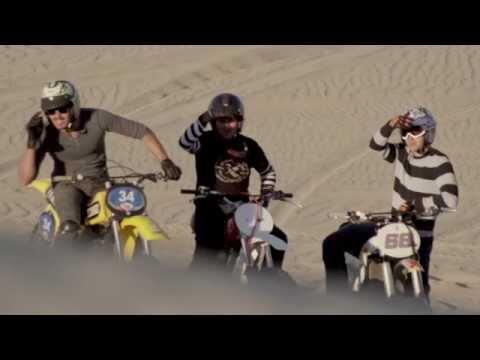 Vídeos de 'Subastan una KTM 450SX-F personalizada en honor al desaparecido Kurt Caselli'