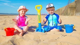 Video Gaby and Alex had a Fun Day on the Beach! Playing with Sand and other Kids Toys MP3, 3GP, MP4, WEBM, AVI, FLV Juni 2019
