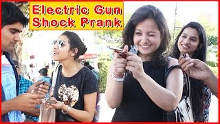 Video Electric Gun Shock Prank on Cute Girls - Prank In India 2017 | THF - Ab Mauj Legi Dilli MP3, 3GP, MP4, WEBM, AVI, FLV September 2018