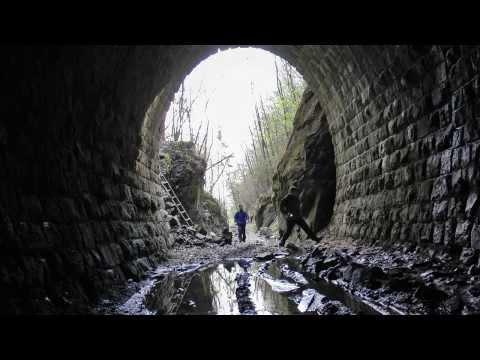 Prechod Slavošovským tunelom