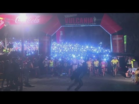 jornet - HURDLERS POKE FUN AT DAVID BECKHAM: http://vid.io/xlc Spain's Kilian Jornet and Emelie Forsberg of Sweden take the honours at the fifth Transvulcania Ultrama...
