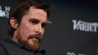 Video Christian Bale on Ben Affleck as Batman MP3, 3GP, MP4, WEBM, AVI, FLV Januari 2018