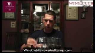 http://www.wineclubreviewsandratings.com/wine-reviews/tastingroom-com-tasting-kit Eric from the Wine Club Group goes through the Tasting Room tasting kit ...