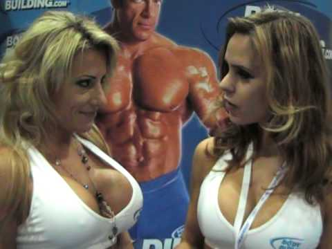 Жанна Ротар дает интервью на 2010 Fit Expo