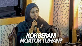 Video Momentum Yang Membuat Laudya Cyntia Bella Berhijrah MP3, 3GP, MP4, WEBM, AVI, FLV April 2019