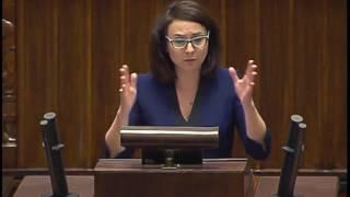 Gasiuk-Pihowicz mistrzowsko punktuje Kuchcińskiego.
