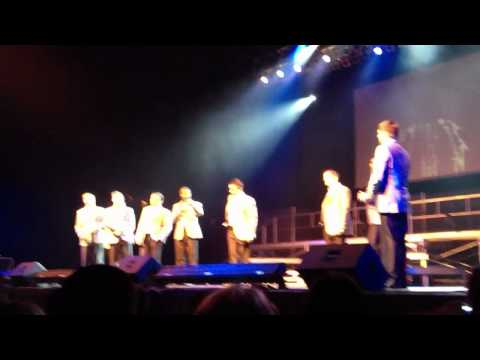 """Straight No Chaser - """"The 12 Days of Christmas"""" - 11/16/11"""