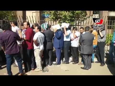 راغبو الترشح يشكون سوء التنظيم أمام مقار لجان الإنتخابات