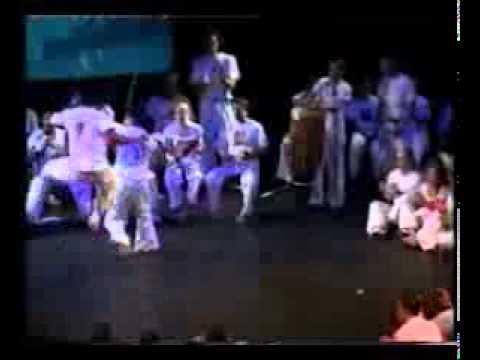 Mestre Ediandro - Banzo de Senzala (видео)